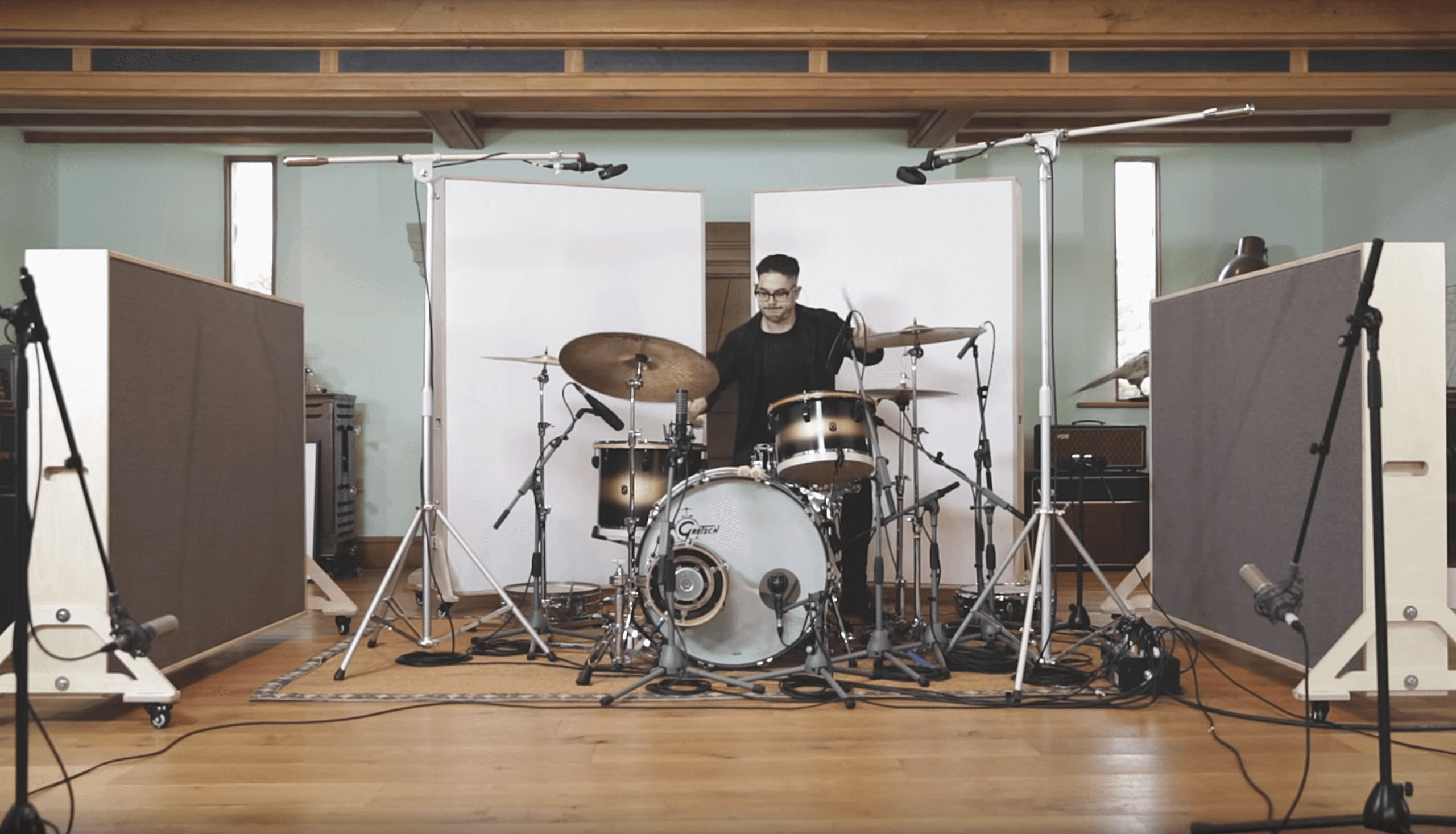 Joe Clegg behind a Vintage Gretsch drum kit