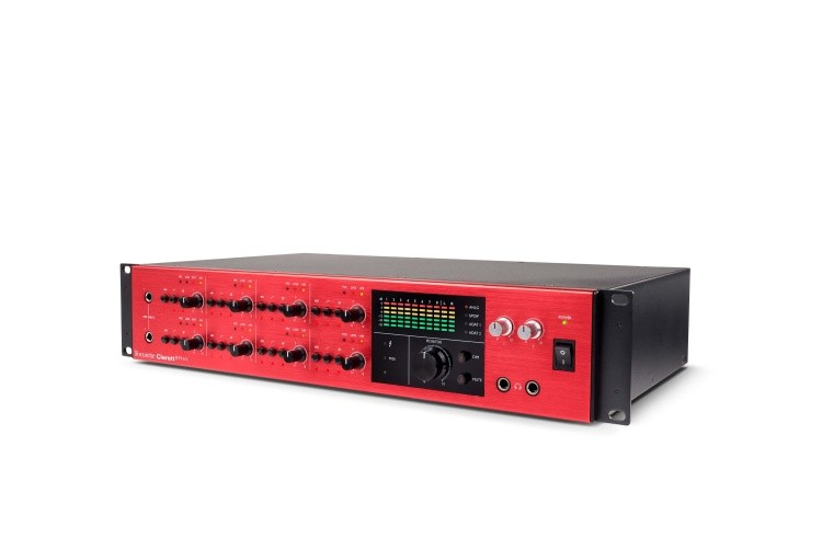 Clarett 8PReX right angle